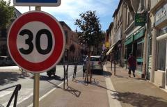 rue cayrade - zone 20 devenue 30.jpg