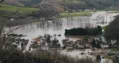 inondation-boissepenchot-041203.jpg